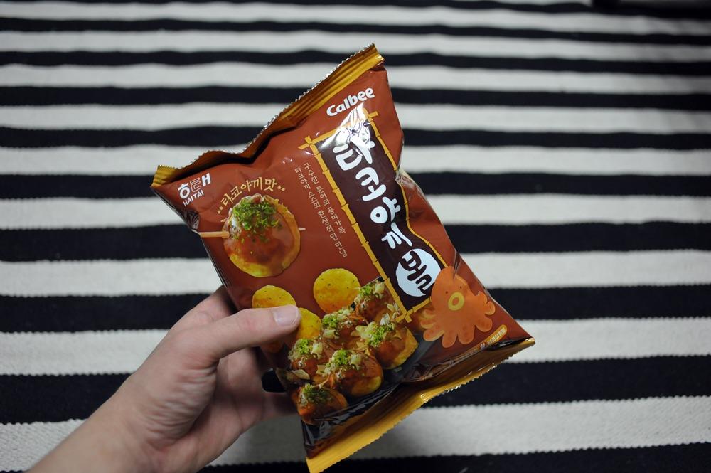 [해태 과자] 해태 타코야끼볼 을 먹었어요 (calbee / 가루비 타코야끼 맛 과자)