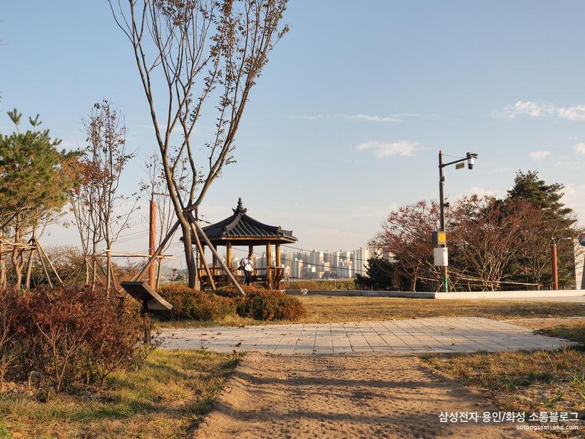 화성현충공원 현충탑 광장