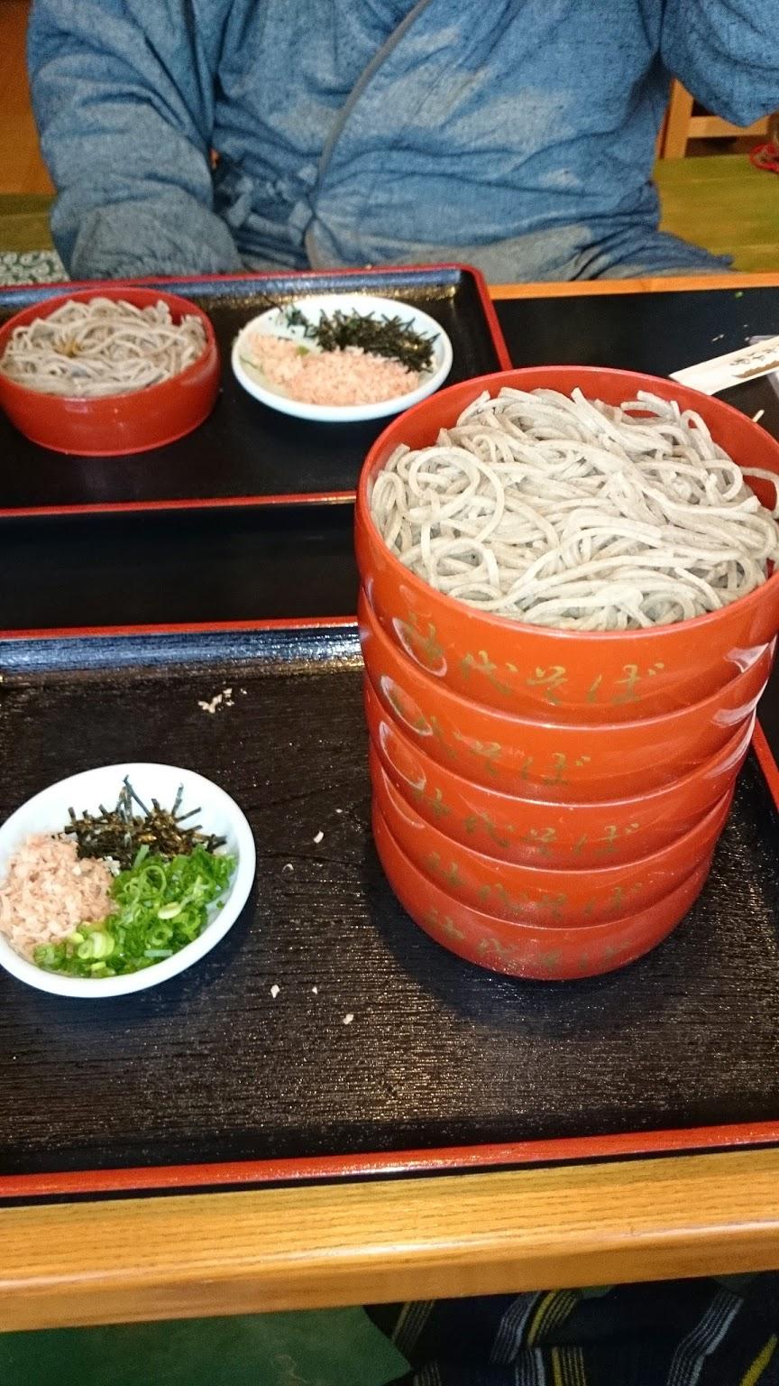 (Google 번역) 마쓰에 성 북쪽의 인기 점. 참마 割子 소바가 매우 맛있었습니다.  (원본) 松江城北側の人気店。とろろ割子そばがとても美味しかったです。