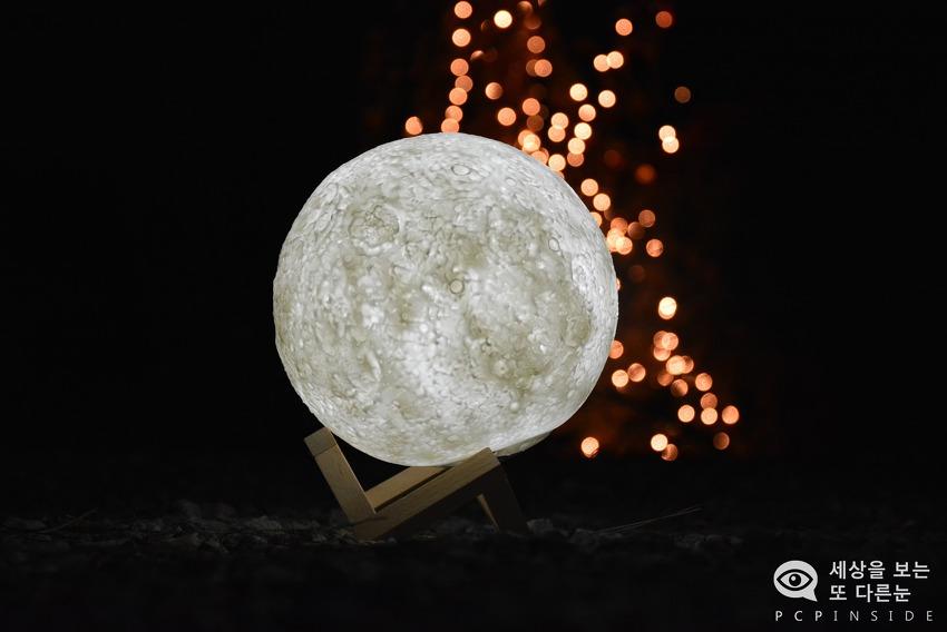 달님(Moon)을 집안으로 가지고 오세요. 달조명 무드등 문라이트(Moon light)