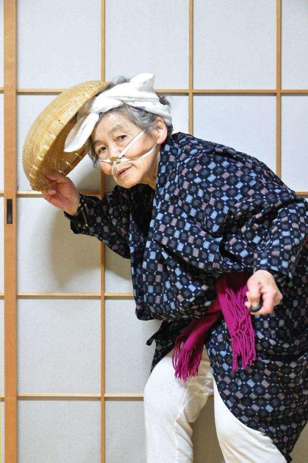 일본의 엽기 사진 전문 할머니11